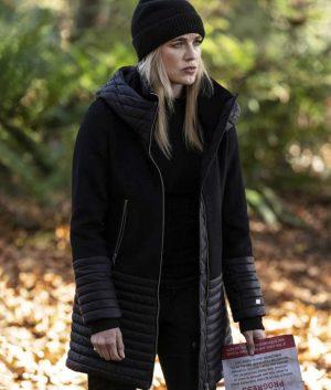 Legends Of Tomorrow S05 Ep9 Sara Lance Coat