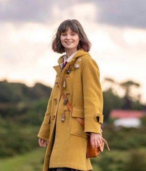 Lola Petticrew Dating Amber Coat