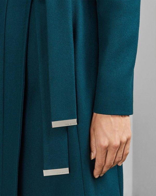 Love, Guaranteed Rachael Leigh Cook Coat