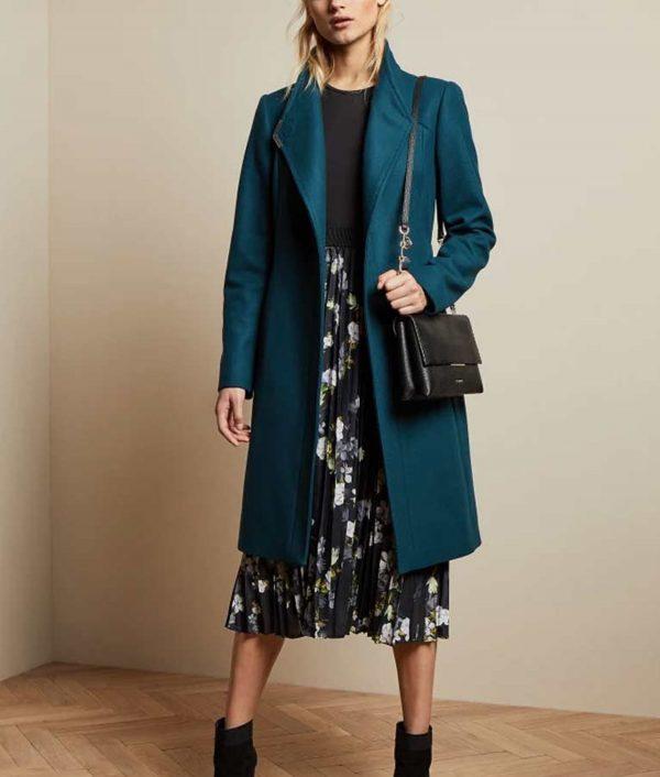 Rachael Leigh Cook Love, Guaranteed Coat