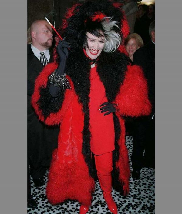 101 Dalmatians Cruella Deville Red And Black Fur Coat