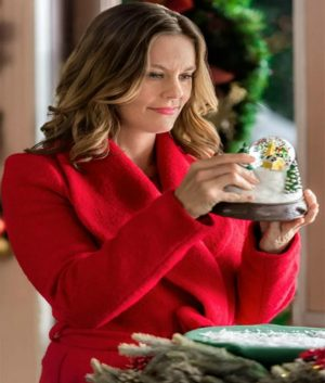 Allie Shaw Christmas in Evergreen Coat
