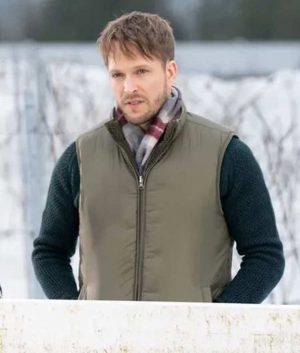 Jon Cor Christmas on the Vine Vest