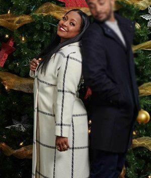 Rebecca The Christmas Aunt Keshia Knight Pulliam White Coat