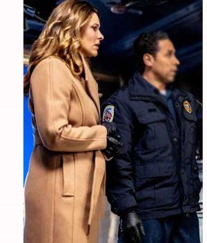 Mystery 101 Killer Timing Amy Winslow Coat