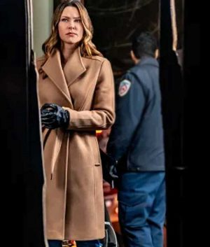 Mystery 101 Killer Timing Amy Winslow Brown Coat
