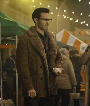 Superman and Lois Clark Kent Mid-length Coat